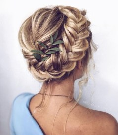 Stunning Summer Hairstyles Ideas For Women11