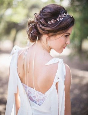 Stunning Summer Hairstyles Ideas For Women25