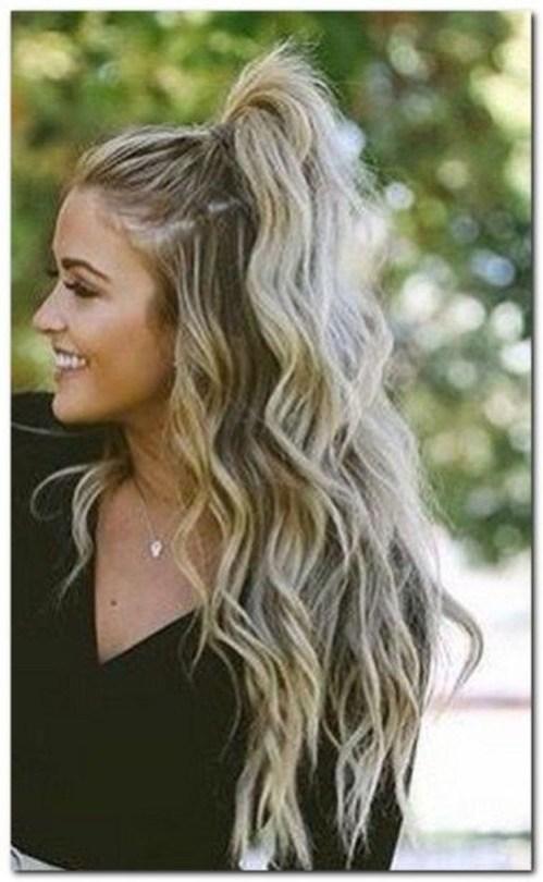 Stunning Summer Hairstyles Ideas For Women38