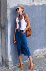 Wonderful Midi Skirt Outfit Ideas For Spring And Summer 201812