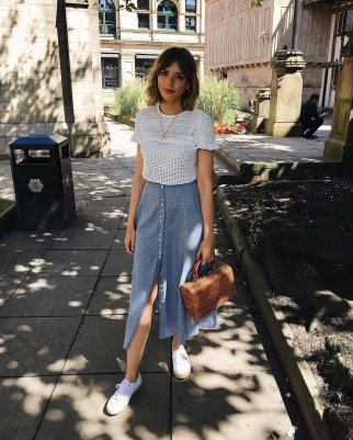 Wonderful Midi Skirt Outfit Ideas For Spring And Summer 201816