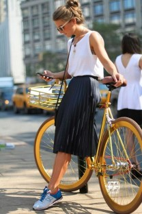 Wonderful Midi Skirt Outfit Ideas For Spring And Summer 201828