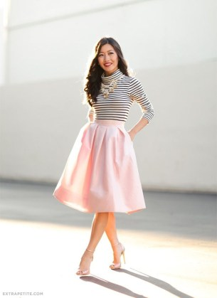 Wonderful Midi Skirt Outfit Ideas For Spring And Summer 201835