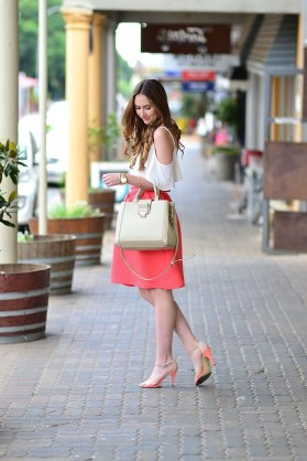 Wonderful Midi Skirt Outfit Ideas For Spring And Summer 201836