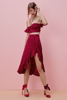 Wonderful Midi Skirt Outfit Ideas For Spring And Summer 201838
