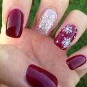 Astonishing Christmas Nail Design Ideas For Pretty Women10