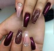 Astonishing Christmas Nail Design Ideas For Pretty Women15