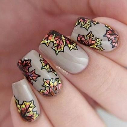 Astonishing Christmas Nail Design Ideas For Pretty Women34
