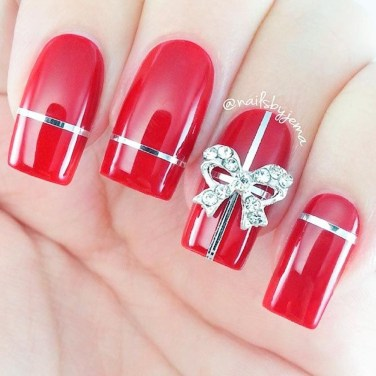 Astonishing Christmas Nail Design Ideas For Pretty Women35
