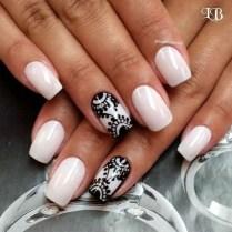 Astonishing Christmas Nail Design Ideas For Pretty Women43