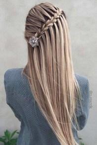 Awesome Hairstyles Christmas Party Ideas05