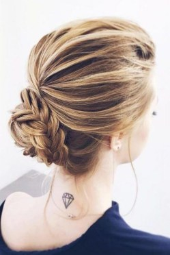 Awesome Hairstyles Christmas Party Ideas08