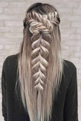 Awesome Hairstyles Christmas Party Ideas37