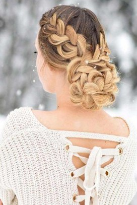 Awesome Hairstyles Christmas Party Ideas39