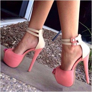 Charming Christmas Heels Ideas For Cute Women23
