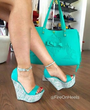 Charming Christmas Heels Ideas For Cute Women44