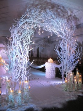 Classy Winter Wedding Ideas07