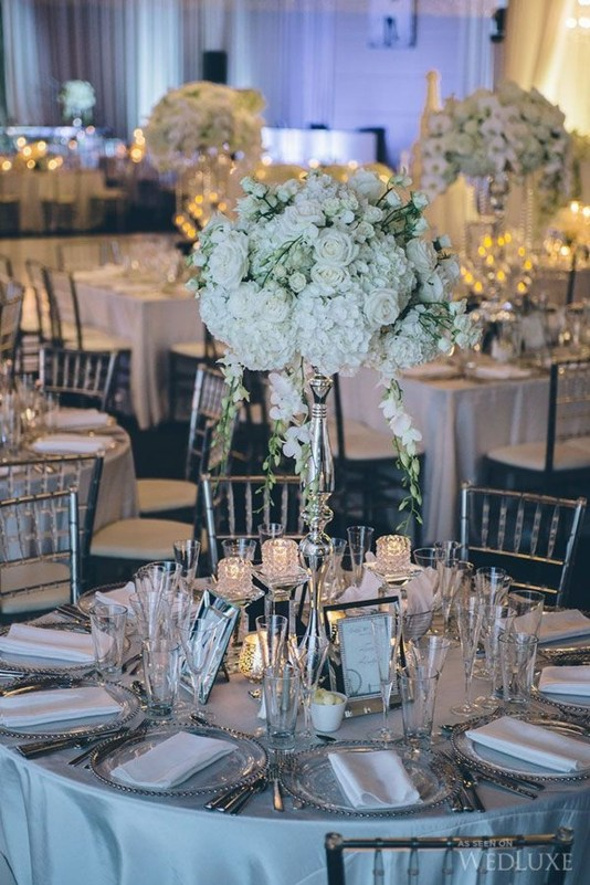 Classy Winter Wonderland Wedding Centerpieces Ideas36
