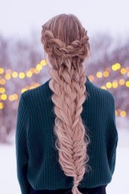 Cute Christmas Braided Hairstyles Ideas05
