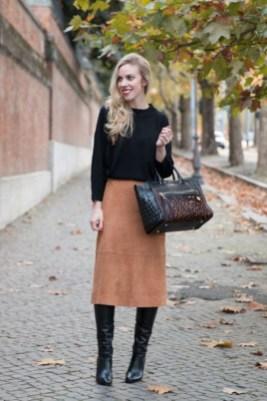 Elegant Midi Skirt Winter Ideas26