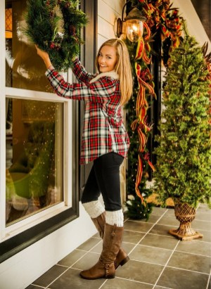 Incredible Holiday Style Christmas Outfit Ideas16