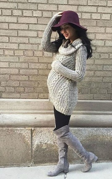 Lovely Maternity Winter Outfits Ideas43