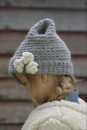 Minimalist Diy Winter Hat Ideas13