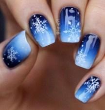 Modern Christmas Nails Ideas22