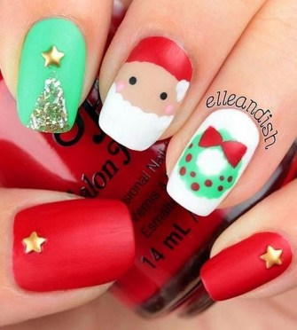 Modern Christmas Nails Ideas36