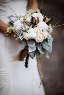 Modern Rustic Winter Wedding Flowers Ideas12