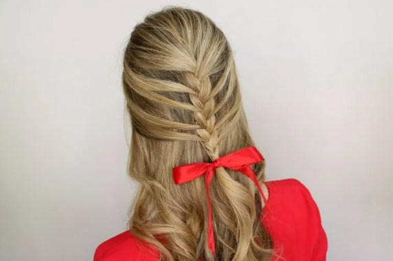 Popular Christmas Half Updos Ideas32