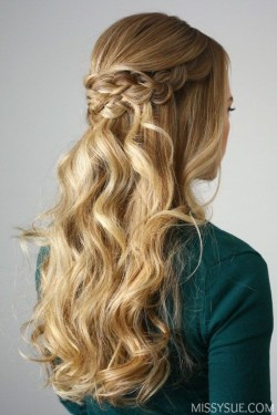 Popular Christmas Half Updos Ideas42