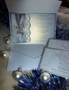 Popular Winter Wonderland Wedding Invitations Ideas06