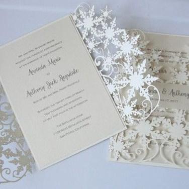 Popular Winter Wonderland Wedding Invitations Ideas27