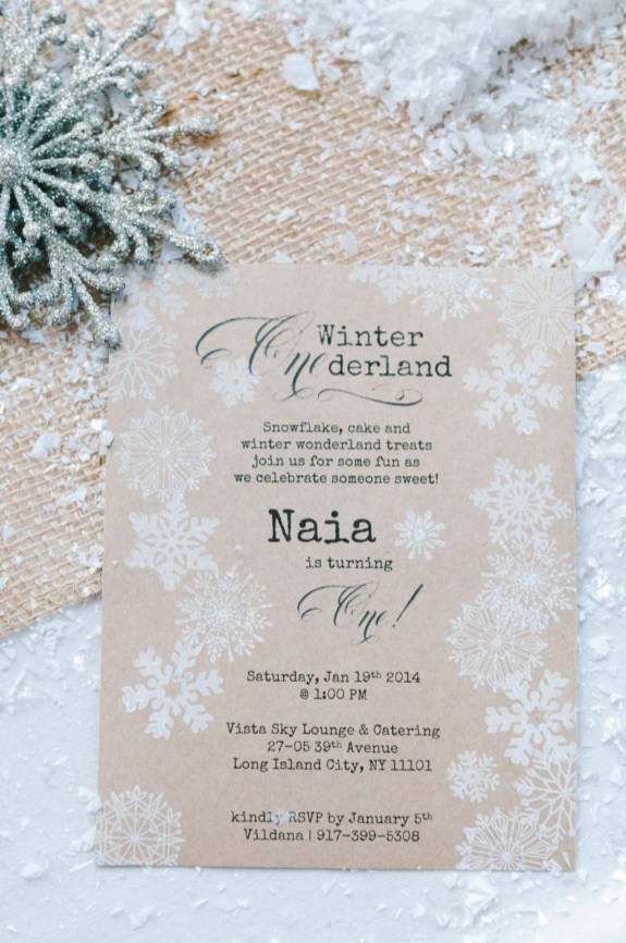 Popular Winter Wonderland Wedding Invitations Ideas38