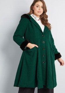 Stylish Emerald Coats Ideas For Winter12