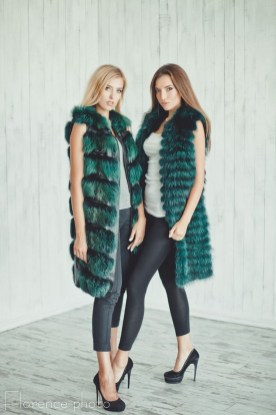 Stylish Emerald Coats Ideas For Winter18