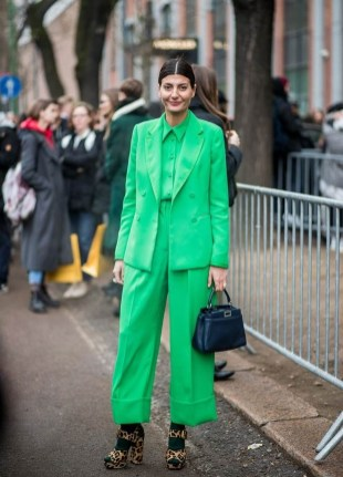 Stylish Emerald Coats Ideas For Winter39