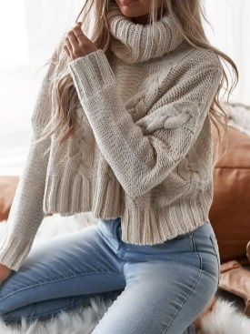 Adorable Winter Outfits Ideas With Jeans16