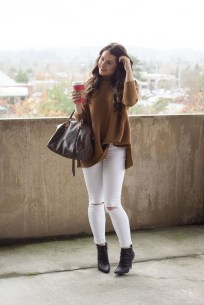 Classy Winter Outfits Ideas For School31