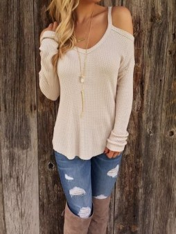 Classy Winter Outfits Ideas For School39