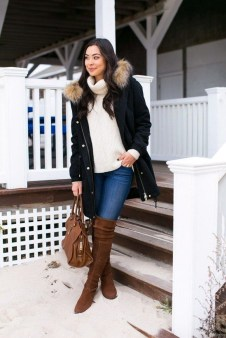 Classy Winter Outfits Ideas For School40