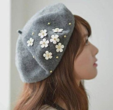 Fascinating Winter Hats Ideas For Women With Short Hair10