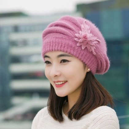 Fascinating Winter Hats Ideas For Women With Short Hair17