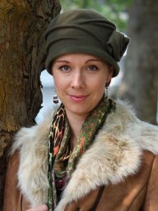 Fascinating Winter Hats Ideas For Women With Short Hair30