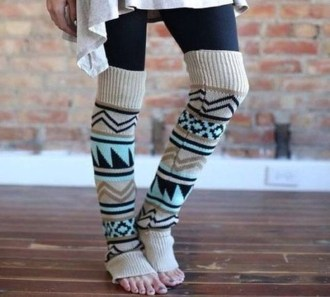 Incredible Winter Outfits Ideas With Leg Warmers39
