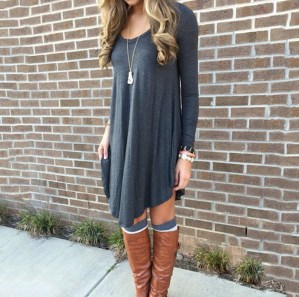 Incredible Winter Outfits Ideas With Leg Warmers41