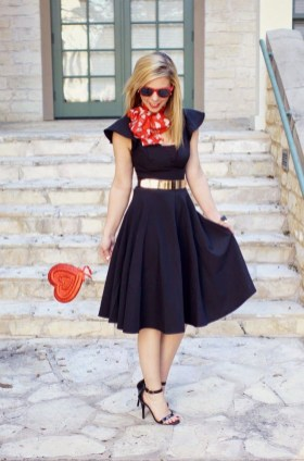 Inpiring Outfits Ideas For Valentines Day16