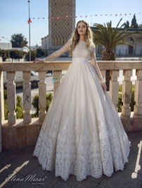 Perfect Winter White Dresses Ideas With Sleeves18