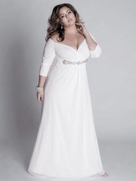 Perfect Winter White Dresses Ideas With Sleeves38